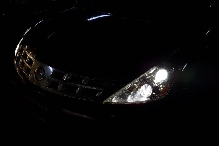 Nissan Murano Z50. Установка биксеноновых модулей Hella 3R New в замен заводских.