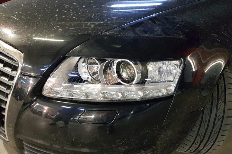 Audi A6 C6. Замена ксеноновых линз и стекол фар на новые.